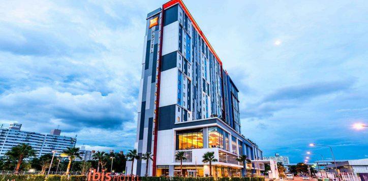 ibisbangkokimpact-ourhotel-exterior