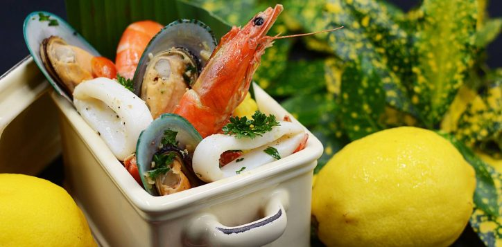 seafood_bucket_cover_1800x675_aug19-2